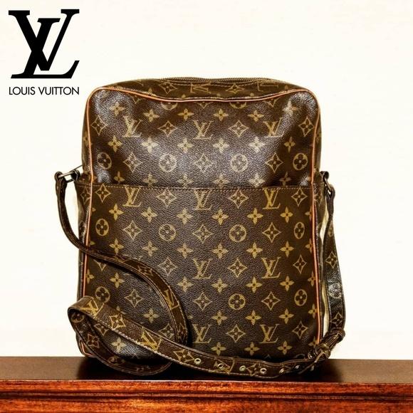ae79bc87ba49 Louis Vuitton Handbags - Louis Vuitton AUTHENTIC Marceau GM Crossbody Bag